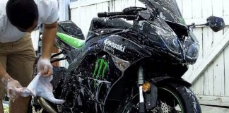 How to Correctly Wash Your Motorcycle?